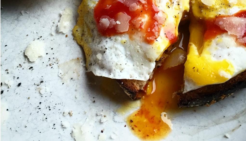 ägg med chilisås2