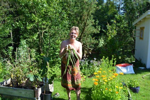 Pernilla i köksträdgården