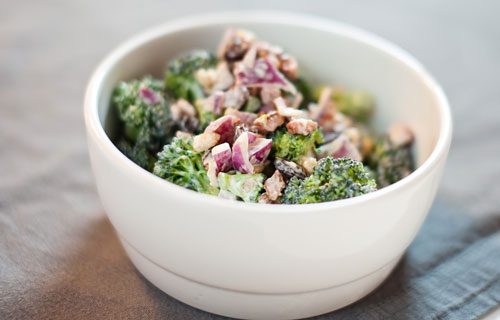 Broccoli &amp; baconsallad